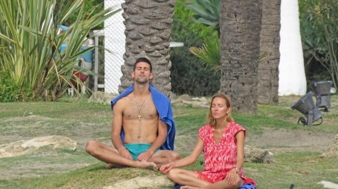 Academia Victor Hanescu aduce clasele de yoga in completarea antrenamentelor de pregatire fizica